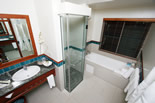 Reef Suite Bathroom